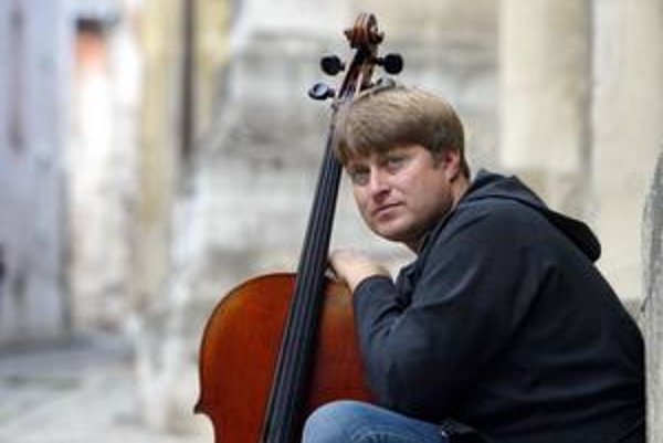 Jozef Lupták. Jedna z najvýraznejších osobností súčasnej slovenskej hudobnej scény sa predstaví v Košiciach.