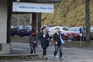 V Prešove je odchod sestier najvypuklejší na Slovensku. Približne 300 ich ostáva vo výpovedi, protestovali aj v uliciach mesta.