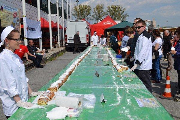 Šarišský závin tento rok meral 24 metrov.