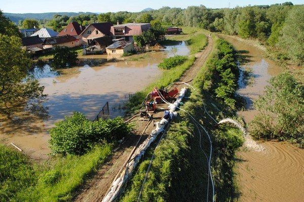Hrozia nám záplavy. Do protipovodňových opatrení natiekli milióny.