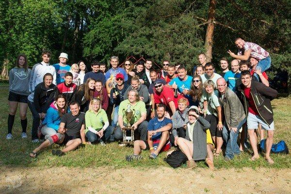 Účastníci a organizátori turnaja.