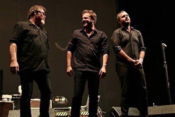 Komara. Trojica špičkových muzikantov.
