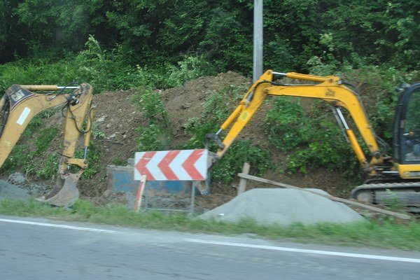 Opravy ciest počas leta spôsobili zahustenie obchádzkových ciest najmä kamiónmi.