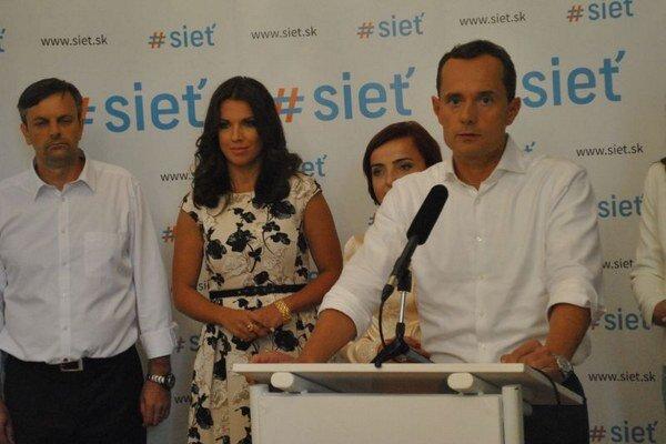 Radoslav Procházka. Kampaň chce viesť bez osobných útokov.