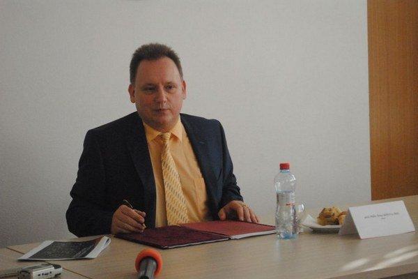 Rektor PU, profesor Peter Kónya.