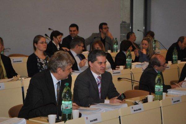 Prešovských poslancov čaká v pondelok bohatý rokovací program.