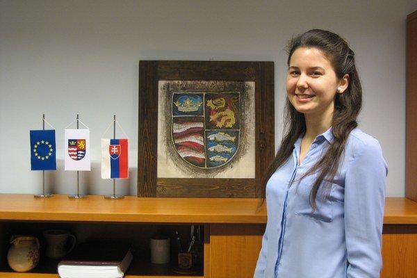 Patrícia Mattová. Prvá dobrovoľníčka, ktorá pôsobila na Zastúpení PSK v Bruseli.