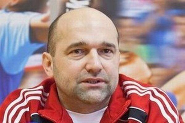 Tréner Peter Dávid ešte nemá kompletný káder.