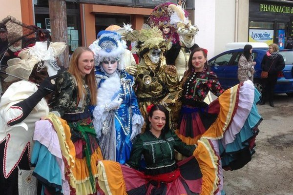 Rozmarija. V karnevalovom sprievode pútali pozornosť.