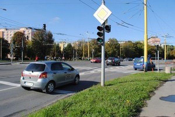 Križovatka Levočská - Obrancov mieru na rozhraní Sídliska III a Sídliska II.