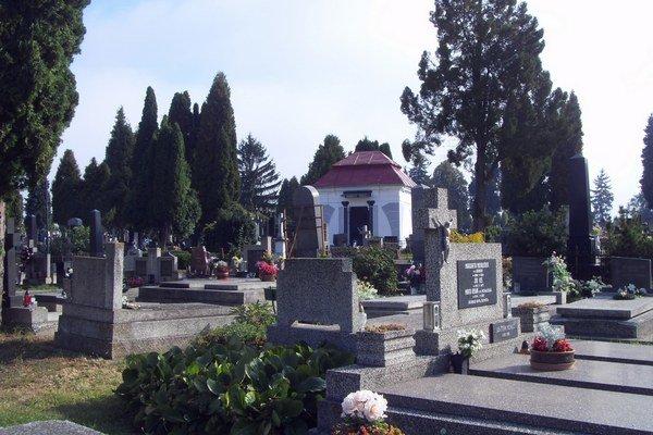 Hlavný mestský cintorín. Kapacita je už takmer vyčerpaná.