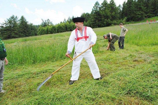 Ľubomír Košút z obce Klin (okres Námestovo) patrí k najlepším koscom na Slovensku.