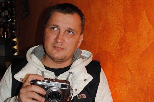 Fotograf J. Štovka dostal k narodeninám ocenenie.