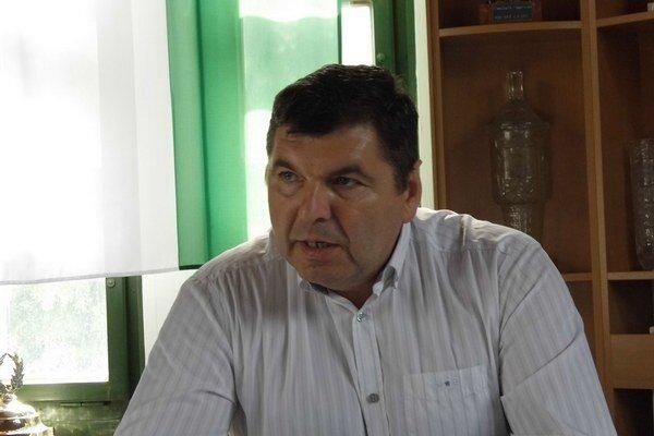 Prezident Tatrana. M. Remeta  naznačil úskalia rekonštrukcie štadióna.FOTO:
