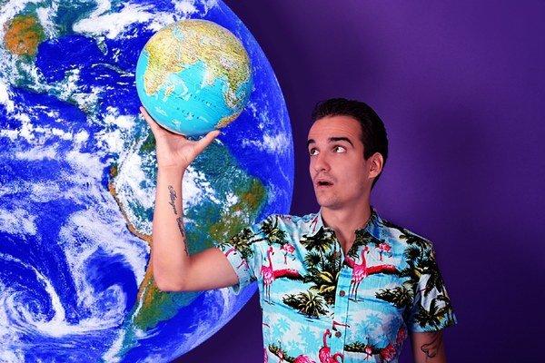Kubo. Naspieval singel o absurdnom svete.