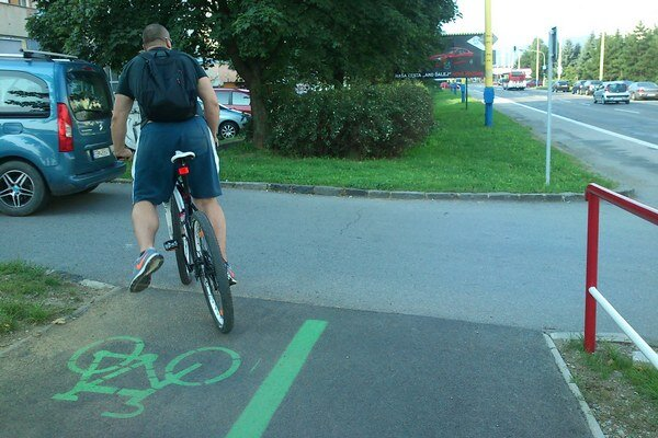 Cyklochodník na Šváboch. Zatiaľ je dokončená len jedna etapa.