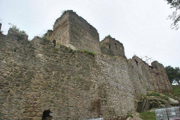 Kapušiansky hrad je vo fáze rekonštrukcie.