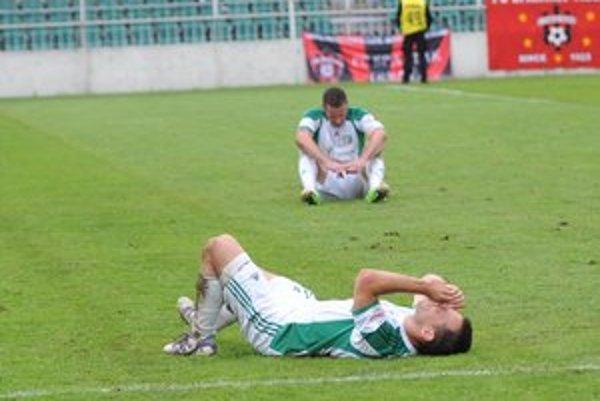 Smútok. Po skončení zápasu s Trnavou si Prešovčania takto spytovali svedomie.
