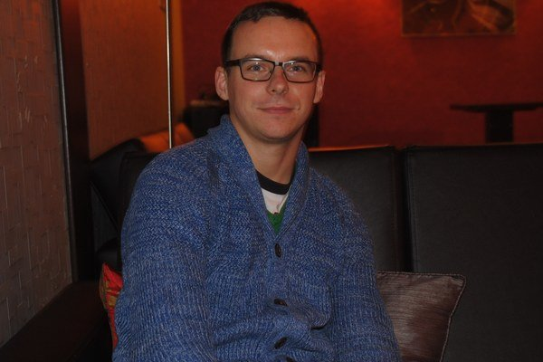 Dano Špiner. Prešovský muzikant je v jednom kole.