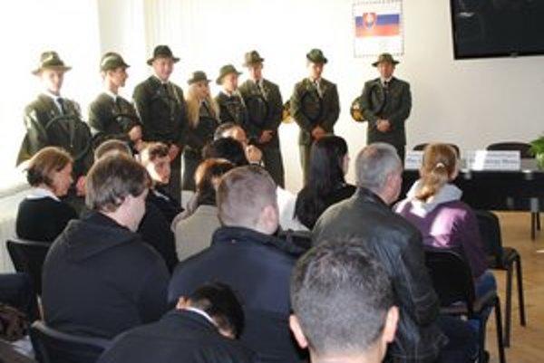 Prešovský míting. Európski študenti s učiteľmi sa venujú projektom energetických domov.