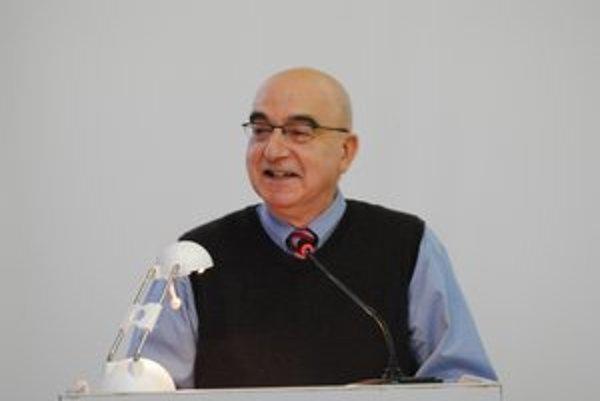 David Z. Scheffel prednášal o rómskej problematike.