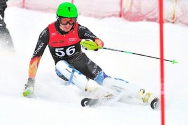 Matej Falat. V plnom nasadení medzi slalomovými bránkami.