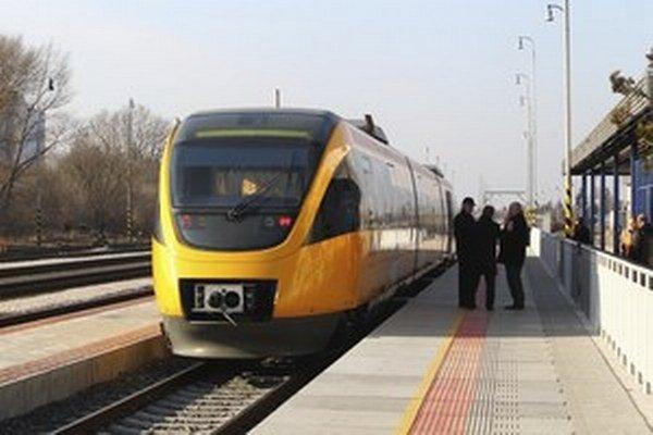 RegioJet chce z najzaujímavejšej slovenskej diaľkovej trate vytlačiť štátneho dopravcu ZSSK.