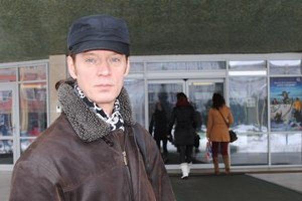 Peter Kocák je z počínania podvodníka, ktorý vystupuje pod jeho menom, zhrozený.