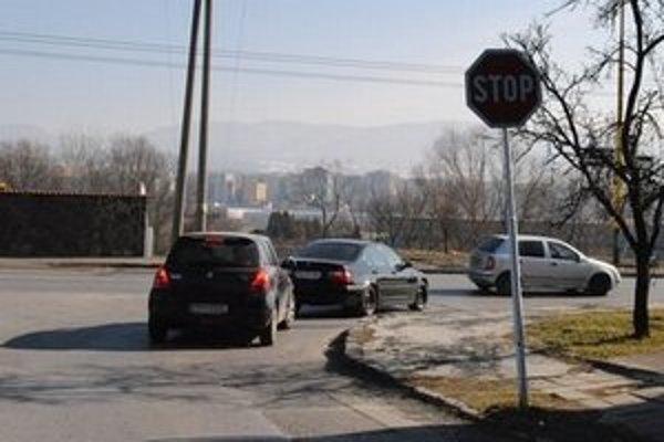 Stopka na rohu Dostojevského a Východnej ulice v Prešove, na ktorej vodička údajne nezastavila.