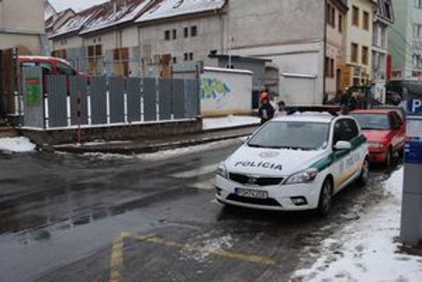 Nesprávne parkovanie. Voči vodičovi začali disciplinárne konanie.
