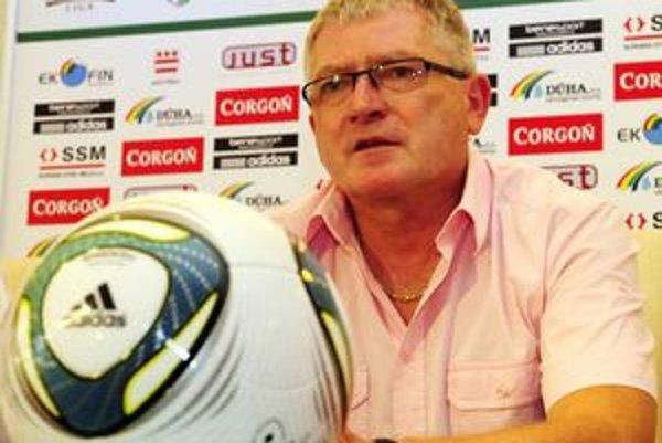 Generálny riaditeľ 1.FC Tatran Prešov Jozef Petrik. Myslí si, že za zlými výsledkami nie sú vždy len hráči.