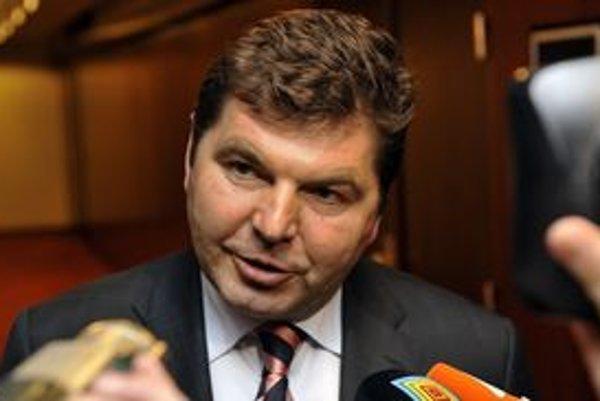Prezident Tatrana Miroslav Remeta potvrdil príchod nového trénera.