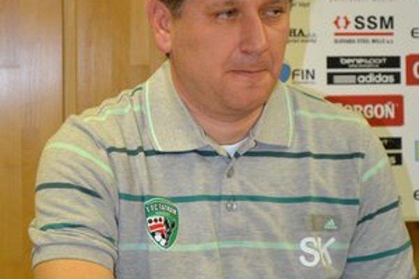 Sergij Kovalec verí, že keď sa dostaví na kopačky jeho zverencov väčší pokoj, prídu aj góly.