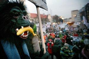 Niekto má chuť na banány, niekto na médiá.