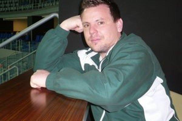 Manažér. M. Šosták zastupoval Prešov na rokovaniach v Záhrebe.