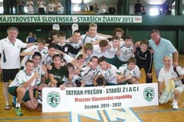 Majstri republiky. Starší žiaci Tatrana obhájili minuloročné prvenstvo.