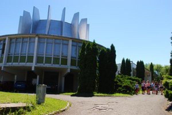 Planetárium a hvezdáreň v Prešove. Budova postupne chátra.