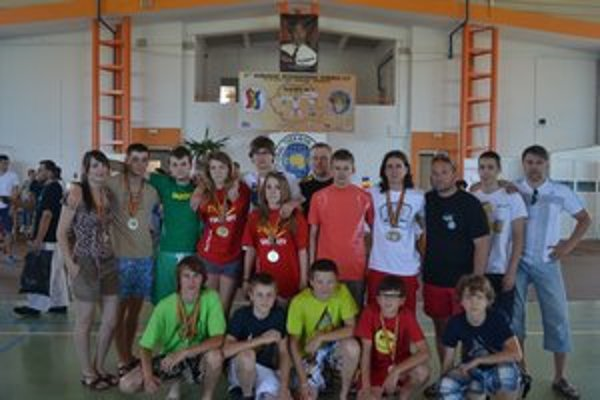 Prešovskí taekwondisti na turnaji v Rumunsku získali 22 cenných kovov.