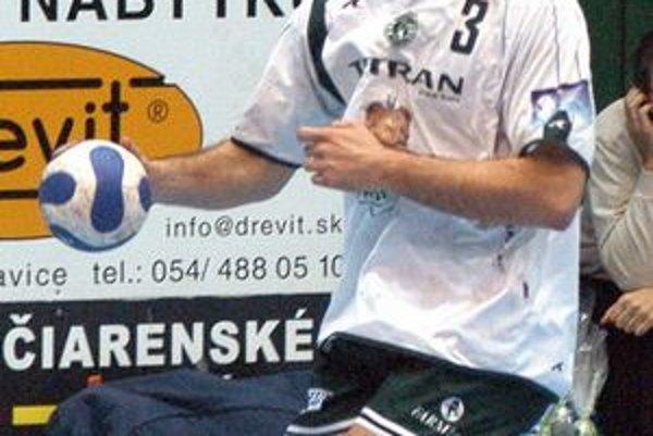Tomáš Marušák. V novom ročníku by mal hrať na novom poste.