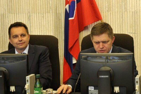 Peter Kažimír a Robert Fico.