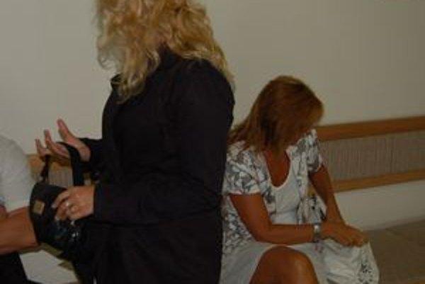 Učiteľky zneužívaného dievčatka.