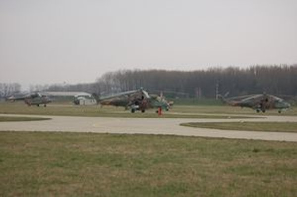Prešovské vojenské letisko. Ministerstvo obrany chce odtiaľ vrtuľníkové krídlo presunúť na Sliač.
