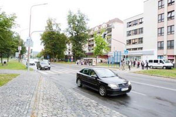 Na frekventovanej ulici Dlhý rad v Bardejove odštartovali rekonštrukčné práce.
