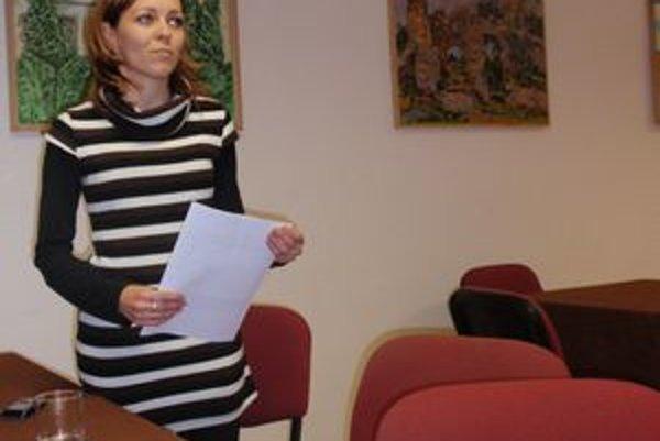 Katarína Pirohová sa angažuje v rámci ochotníckeho divadla.