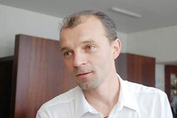 Ján Lapčák. Riaditeľ nám potvrdil, že sa v podniku bude prepúšťať.