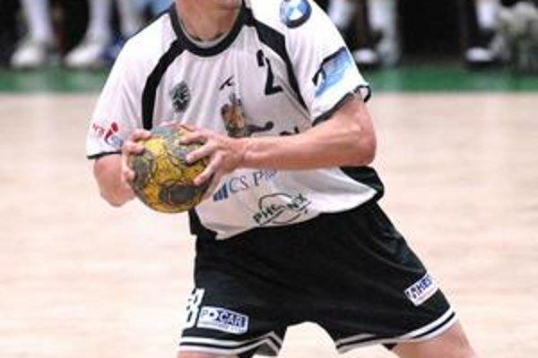 Radoslav Antl streleckú formu pred Ligou majstrov vylepšil v národných súťažiach.