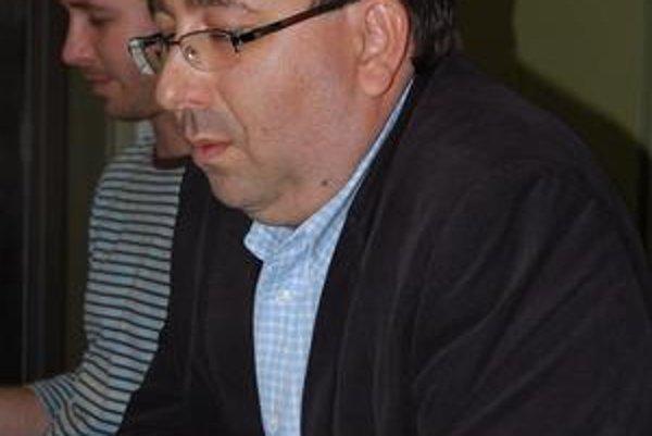Riaditeľ ŠOS Pripravili splátkový kalendár. Ján Hanzo Hovorí, že chce zabezpečiť funkčnosť divadla.