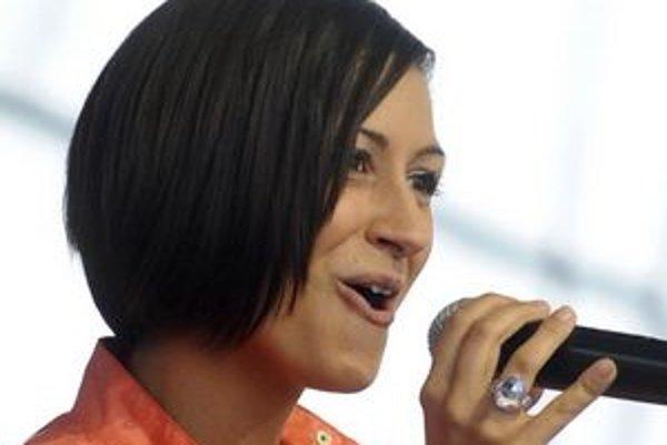 Zdenka Predná koncertovala v súkromnom diskotékovom klube, honorár jej zaplatili z mestských peňazí.