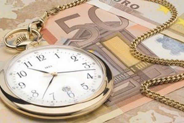 Desať rokov prinieslo Strednej Európe rast ekonomiky a zväčša aj zlepšenie kvality života.