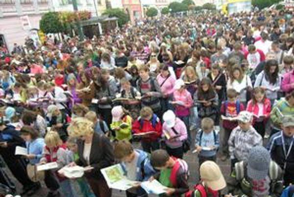 Dav čítajúcich. Prešov číta rád.